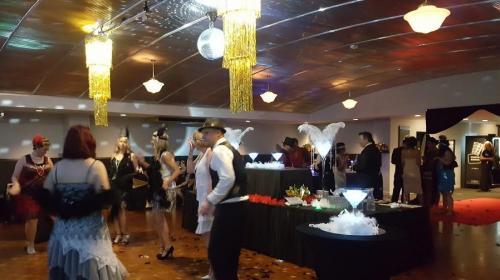 Gatsby Party at Darwin central table setup